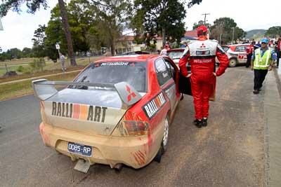 9;18-June-2006;ARC;Australia;Australian-Rally-Championship;Evo-9;Glen-Weston;Imbil;Mitsubishi-Lancer;Mitsubishi-Lancer-Evolution-IX;Mitsubishi-Team-RalliArt;QLD;Queensland;Scott-Pedder;Sunshine-Coast;auto;motorsport;racing;service-park;wide-angle