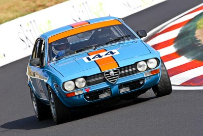 144;1976-Alfetta-GT;22-March-2008;Australia;Bathurst;FOSC;Festival-of-Sporting-Cars;Historic-Sports-and-Touring;Lyndon-McLeod;Marque;Mt-Panorama;NSW;New-South-Wales;Production-Sports-Cars;auto;classic;motorsport;racing;super-telephoto;vintage