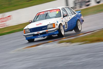5;1979-Holden-Commodore-VB;26-July-2009;Australia;FOSC;Festival-of-Sporting-Cars;Improved-Production;NSW;Narellan;New-South-Wales;Oran-Park-Raceway;Rod-Wallace;auto;motion-blur;motorsport;racing;super-telephoto