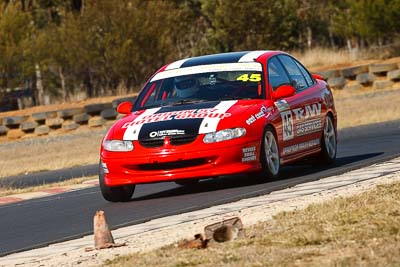 45;7-August-2009;Australia;Holden-Commodore-VT;Morgan-Park-Raceway;QLD;Queensland;Saloon-Cars;Shannons-Nationals;Warwick;Wayne-Patten;auto;motorsport;racing;super-telephoto